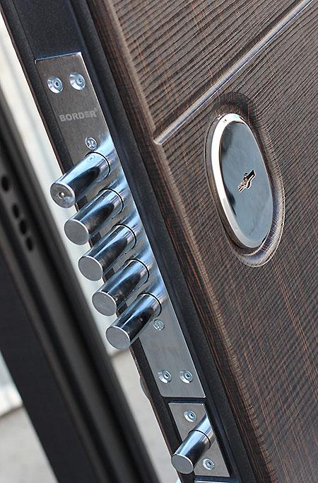 Входная металлическая дверь 10,5 см Чикаго Царга дуб шале графит с МДФ панелями
